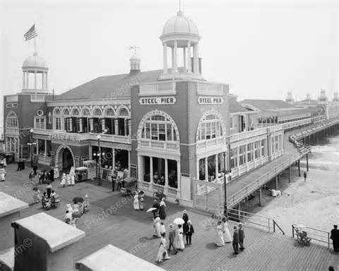 1913 Steel Pier