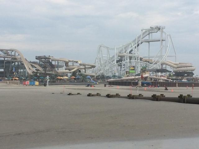 Wildwood beach and pier