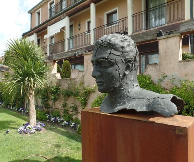 Hotel Cipriani sculpture