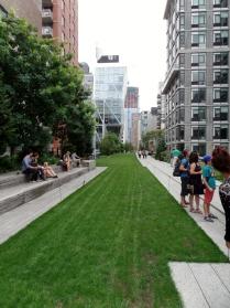 High Line path 1