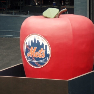 Mets apple