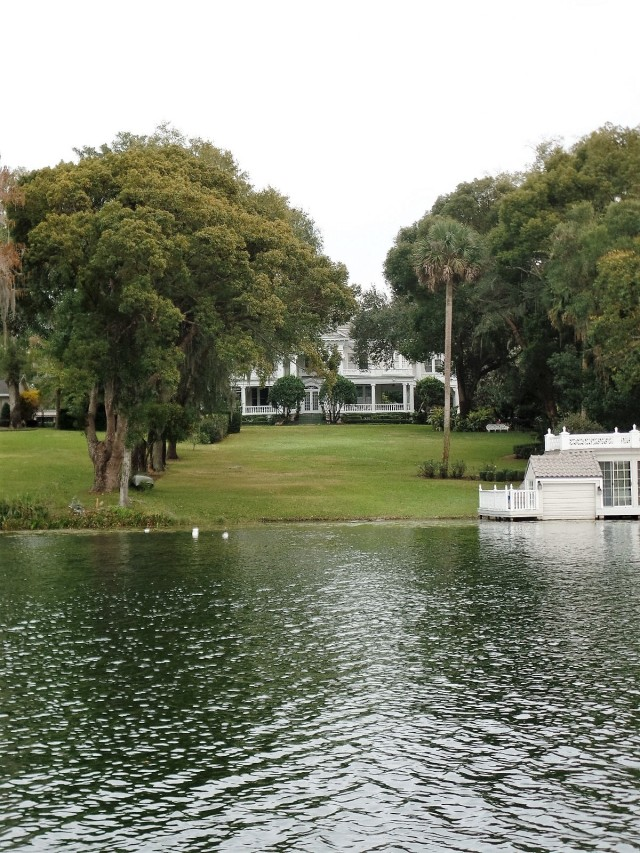 Winter Park lakefront home