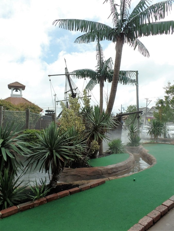 Avalon Mini-Golf