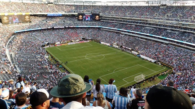 A full MetLife Stadium