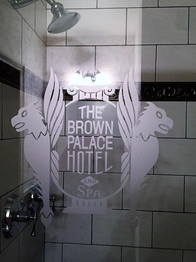 Double-headed shower