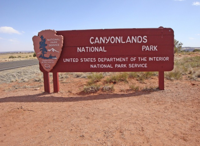 Canyonlands sign