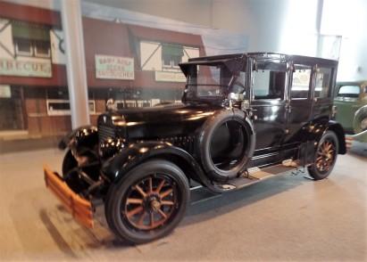 1918 Hudson Limousine