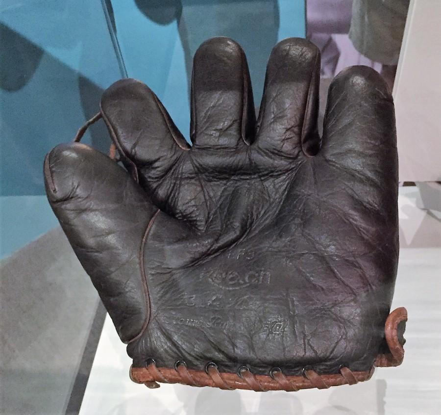 Babe Ruth's glove
