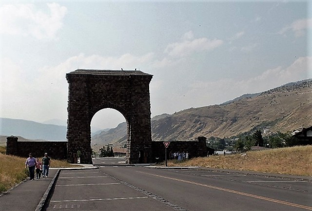 Entrance to Yellowstone National Park