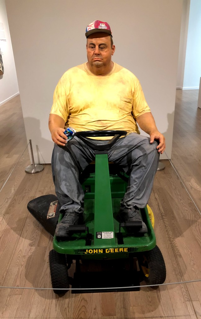Duane Hanson sculpture