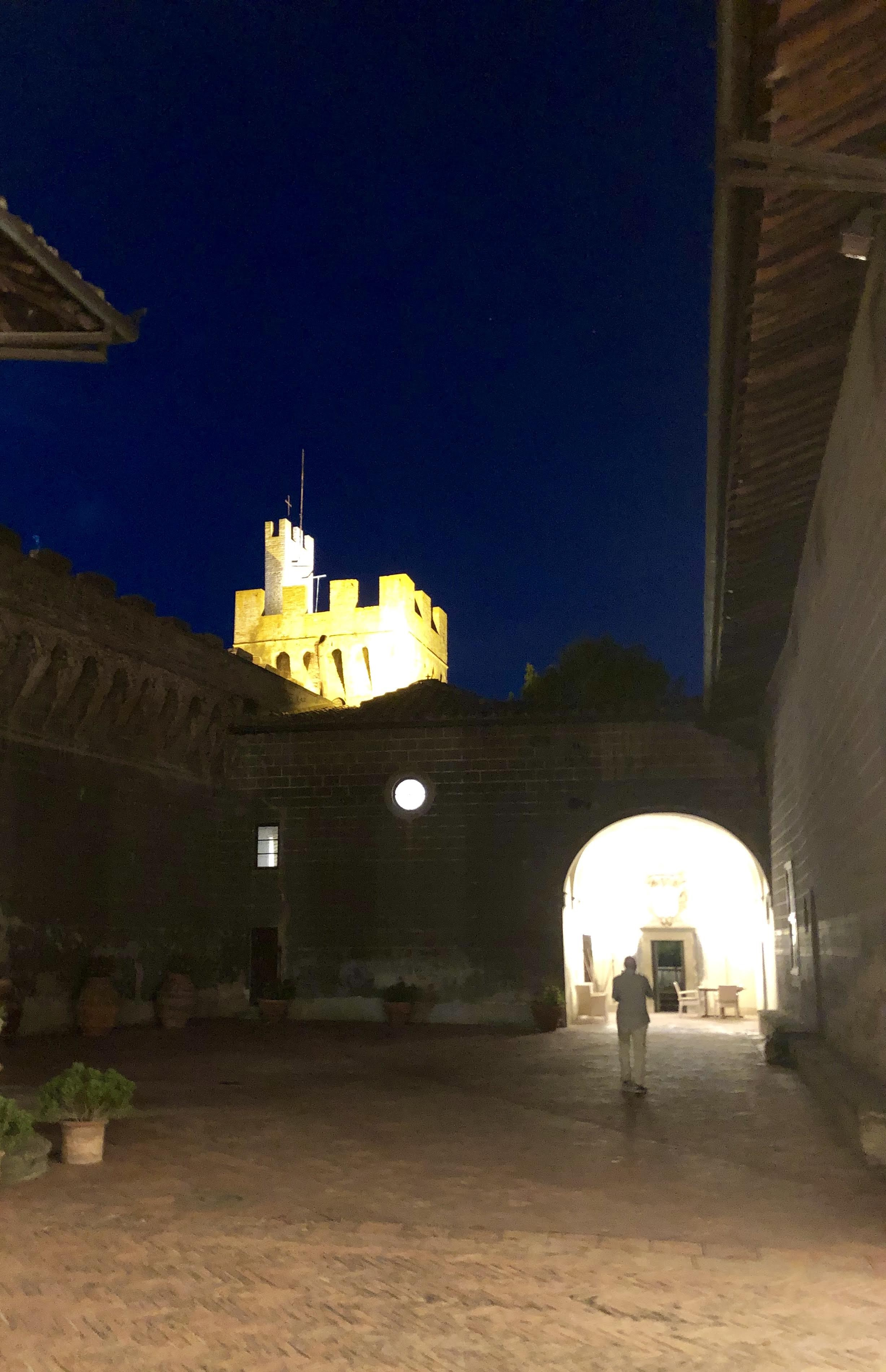 Castello di Oliveto courtyard