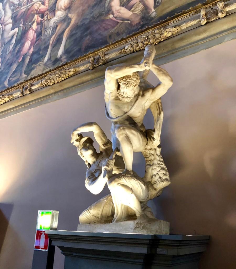 Salone dei Cinquecento statue