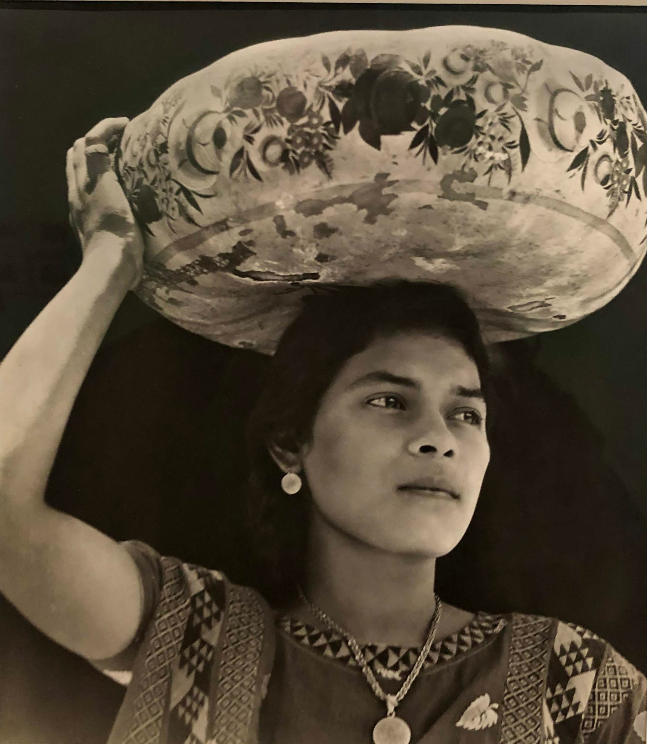 Woman of Tehuantepec, Tina Modotti