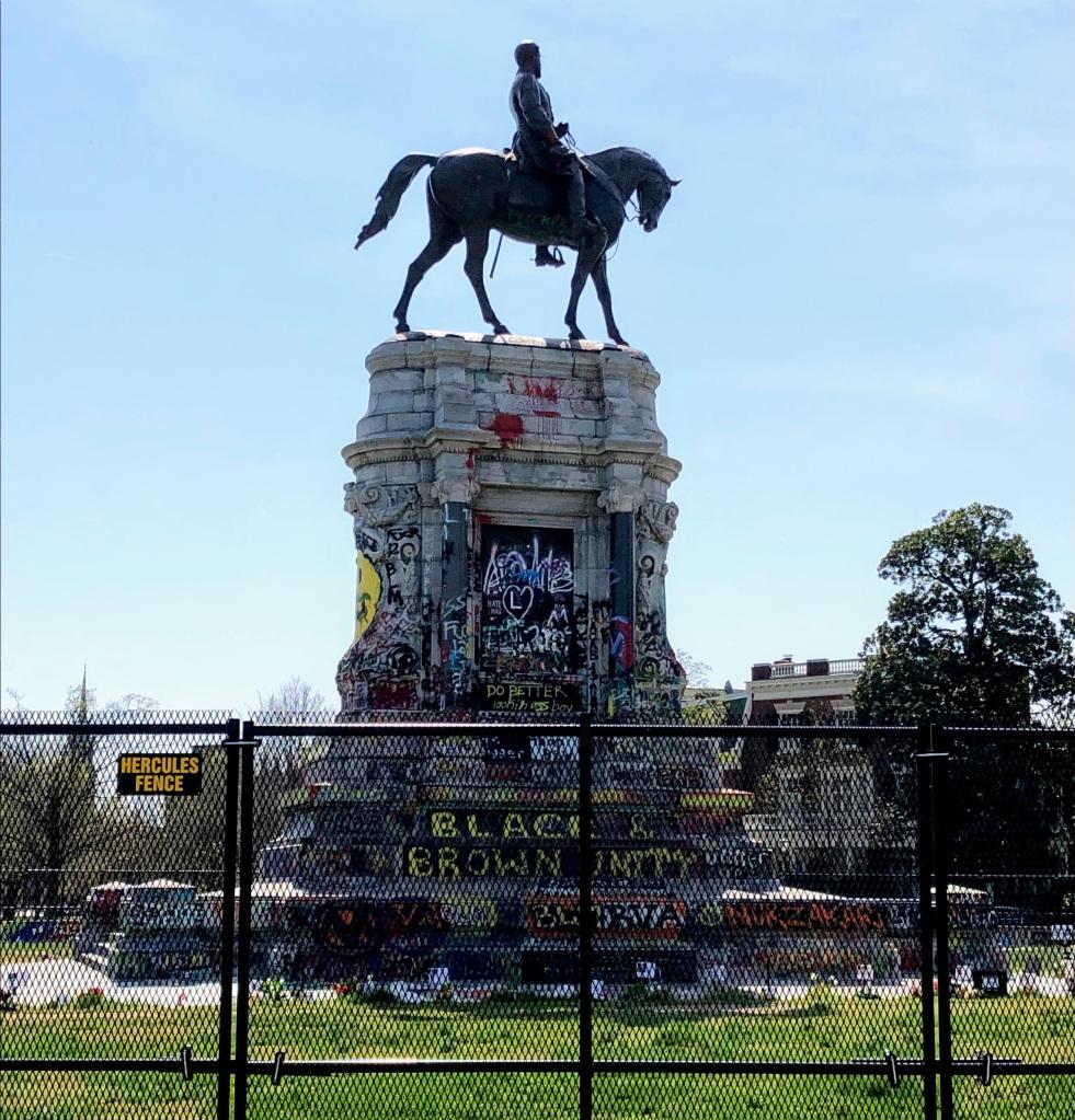 Robert E. Lee statue in Richmond