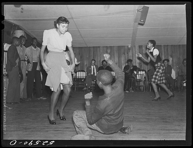 Dancing in a Memphis juke joing